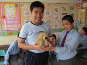 與同學一起分享,可增進友誼。